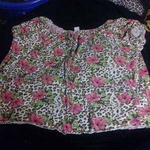 Short sleeve cheeta and floral print